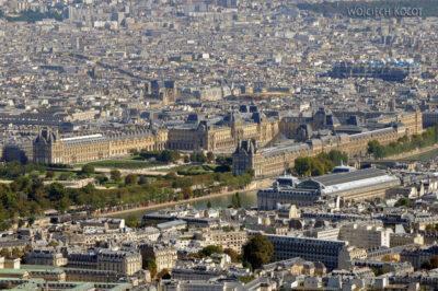 Por23150-Paryż - Wieża Eifla - widok naLuwr