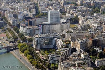 Por23158-Paryż - Wieża Eifla - widok SE