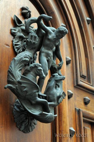 Gen01076-Drzwi zamki klamki
