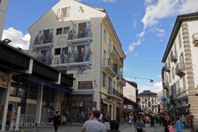 Gen08121-Chamonix-w mieście