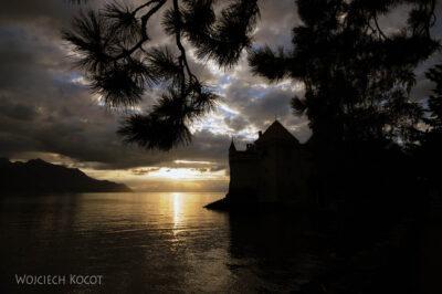 Gen10015-zachód słońca przy Chateau de Chillon