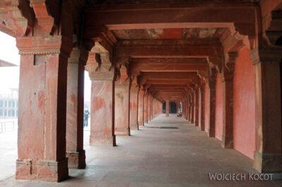 IN03068-Fatehpur Sikri - Diwan Khana-I Am