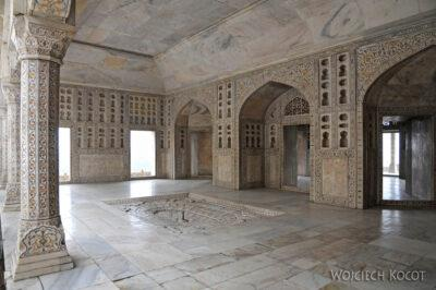 IN04065-Agra-Fort