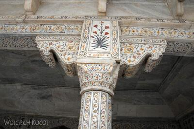 IN04066-Agra-Fort