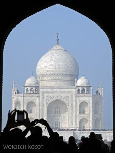 IN04213-Agra-Taj Mahal - widok naobiekt główny