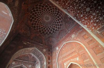 IN04303-Agra-Taj Mahal - wnętrze Meczetu (budynek zachodni)