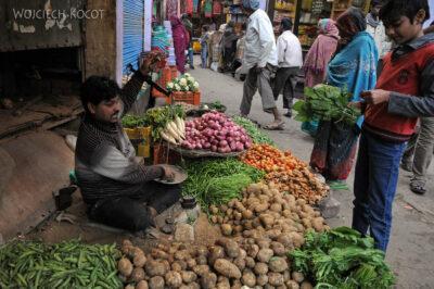 IN04333-Agra-Targ warzywny