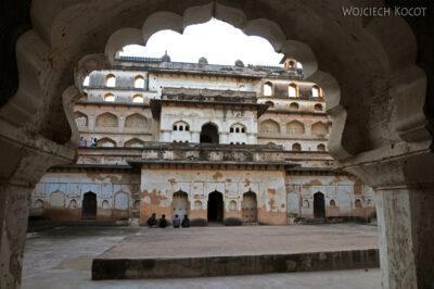 IN05113-Orcha-Raja Mahal (pałac stary) - dziedziniec