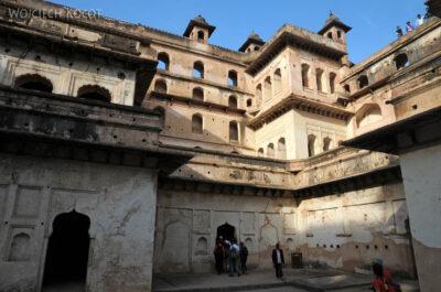 IN05116-Orcha-Raja Mahal (pałac stary) - dziedziniec