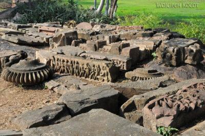 IN07012-Khajuraho-Kawałki układanki