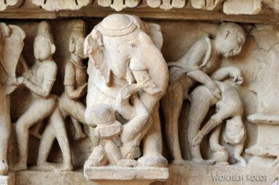 IN07036-Khajuraho-Laxmana Temple