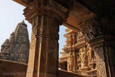 IN07095-Khajuraho-Jagadambi Temple