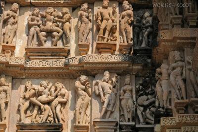 IN07135-Khajuraho-Vishwanath Temple