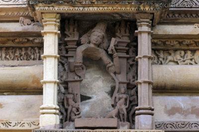 IN07141-Khajuraho-Vishwanath Temple