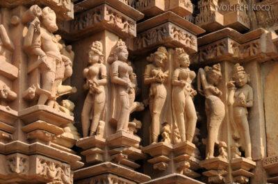 IN07159-Khajuraho-Vaman Temple