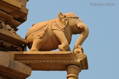 IN07163-Khajuraho-Vaman Temple