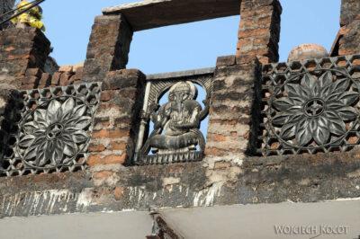 IN07183-Khajuraho-w wiosce podrodze doświątyń