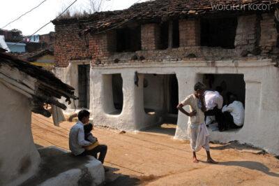 IN07186-Khajuraho-w wiosce podrodze doświątyń