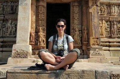 IN07205-Khajuraho-Kinga przedParshwanath Temple
