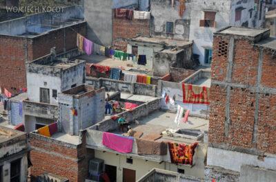 IN08034-Waranasi-widok ztarasu nabliskie sasiedztwo