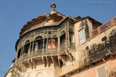 IN08124-Waranasi-Fort Maharadży (podrugiej stronie Gangi)
