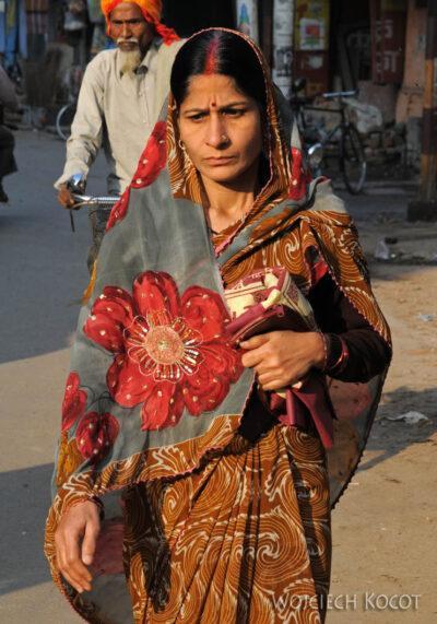 IN08156-Waranasi-Hinduska