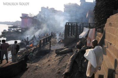 IN09057-Waranasi-Ghata kremacyjna