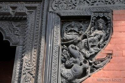 IN10009-Waranasi-Świątynia Nepalska - detale