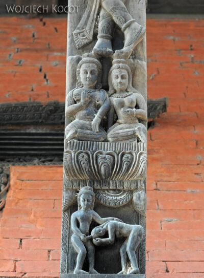 IN10018-Waranasi-Świątynia Nepalska - detale