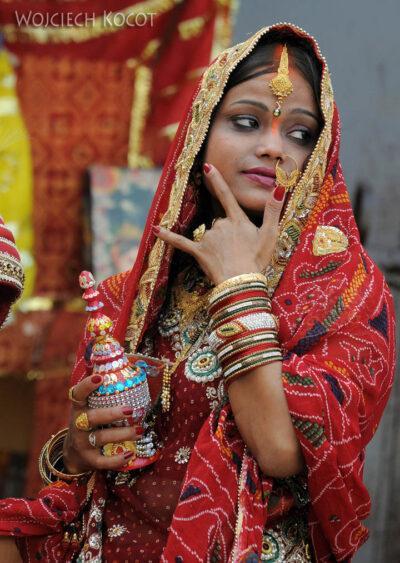 IN10082-Waranasi-Hinduska