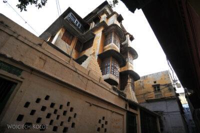IN10131-Waranasi-fasady domów
