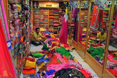 IN23162-Jaipur-sklep ztkaninami