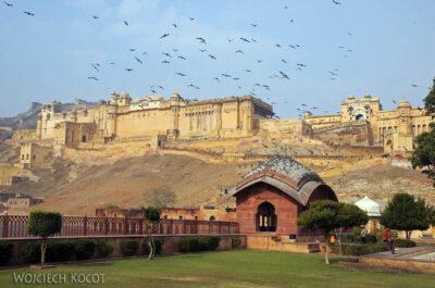 IN24107-Jaipur-Amber Palace odzewnątrz