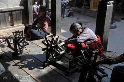 IN14173-Kathmandu-Bhaktapur-koło gospodyń miejskich