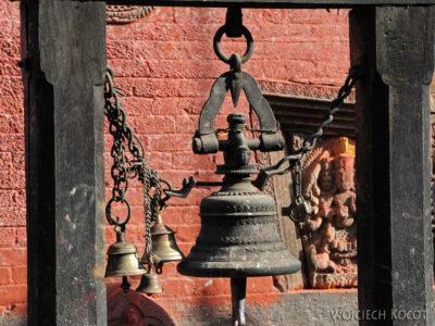 IN14230-Kathmandu-Patan-przy Świątyni