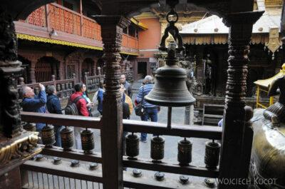 IN14244-Kathmandu-Patan-złota świątynia buddyjska