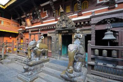 IN14245-Kathmandu-Patan-złota świątynia buddyjska