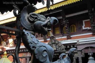 IN14251-Kathmandu-Patan-złota świątynia buddyjska