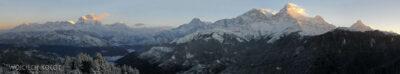 IN20017-Treking-dz3-Panorama zPoon Hill