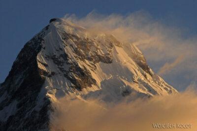 IN20036-Treking-dz3-Annapurna South 7219m