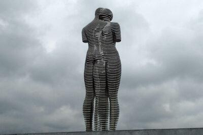 GTi081-Batumi - pomnik zakochanych