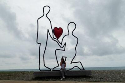 GTi084-Batumi - pomnik zakochanych