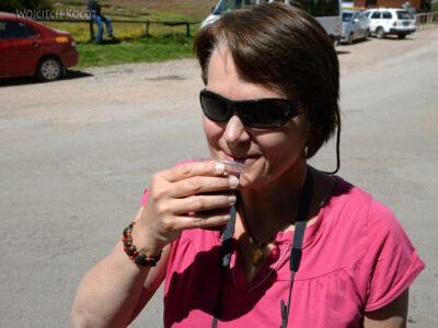 PBr070-Kwa pije cziczę