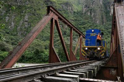 PBu179-Most natrasie kolei Malinowskiego