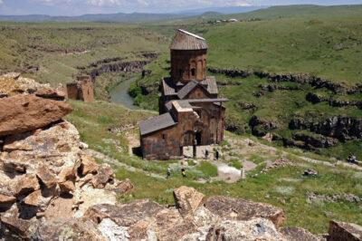 GTb037-Ani-ruiny kościoła