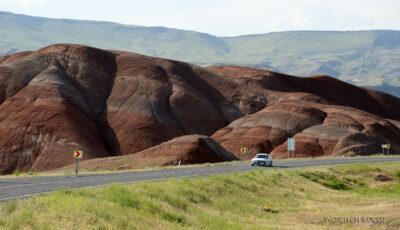 GTb238-Kolorowe góry przy granicy armeńskiej