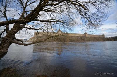BałtE104-Narva-Zamek