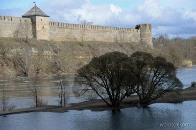 BałtE107-Narva-Zamek