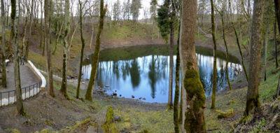 BałtI039-Koljala-jeziorko wkraterze uderzeniowym