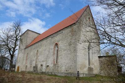 BałtI071-Kościół wPöide-też bezwieży